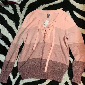 New York & Company Sweater. NWT Size L.